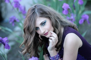 girl-1360845_1280